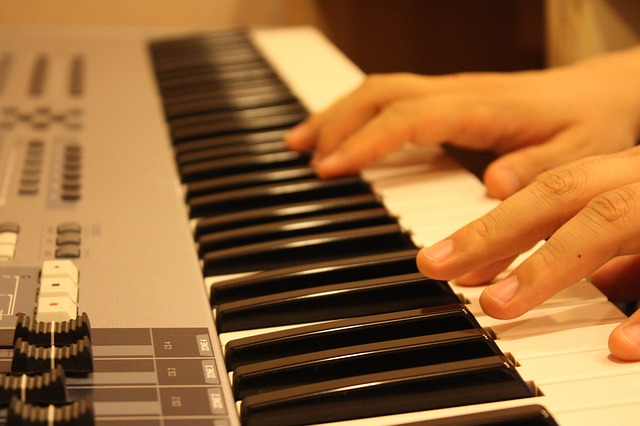Using a Minor 6th Chord on the Piano